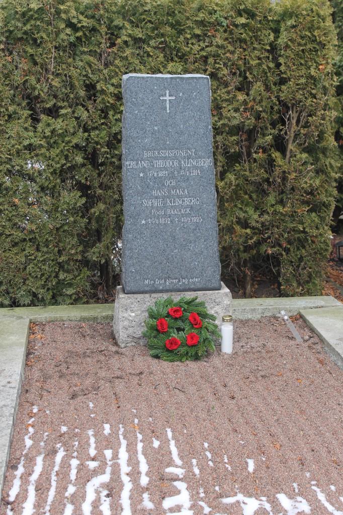 Erland Theodor och Sophie Klingbergs grav på Uppsala gamla kyrkogård